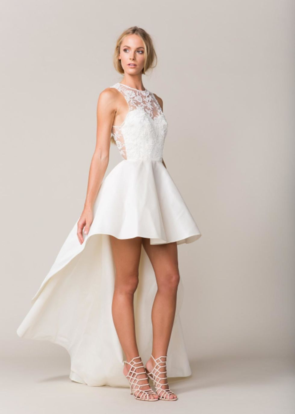 What wedding dress you should wear based on your sign wedding