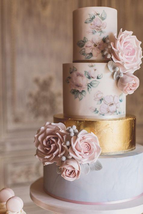 trending 15 creative metallic wedding cakes for 2018 page 2 of 2 rh pinterest com