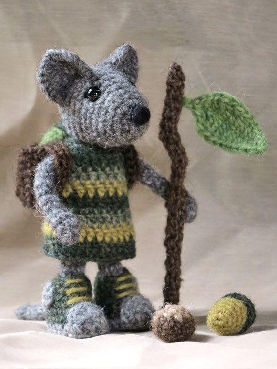Crochet mouse amigurumi pattern | Pinterest | Amigos del bosque ...