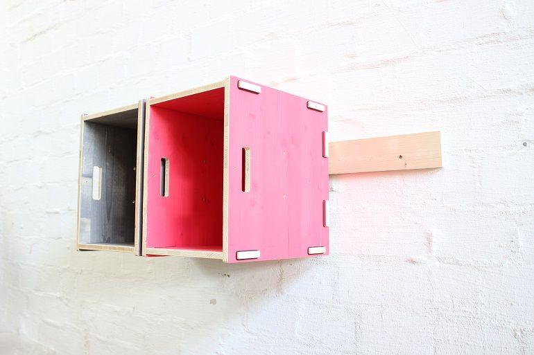 Einfach Holzkisten An Der Wand Befestigen Erklarung Holzkisten Wandregal Halterung Kiste