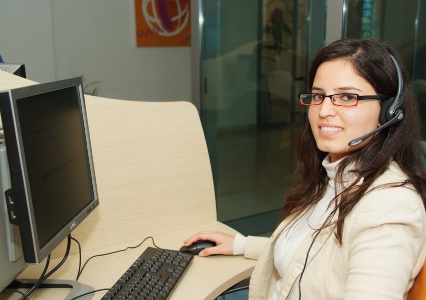 Emission D Appel Et Prise De Rendez Vous Au Callcenter De Maxicontact Tunisie Tunisie Centre D Appel Photos