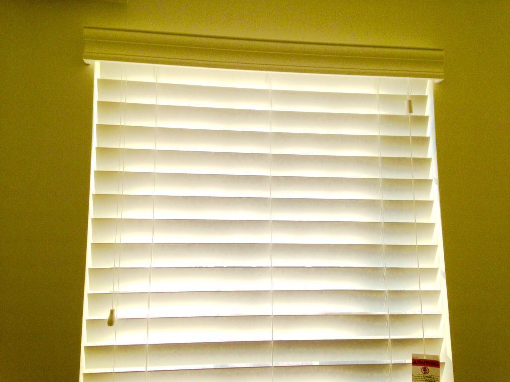 "Norman Performance™ 2 1/2"" Faux Wood Blinds White faux"