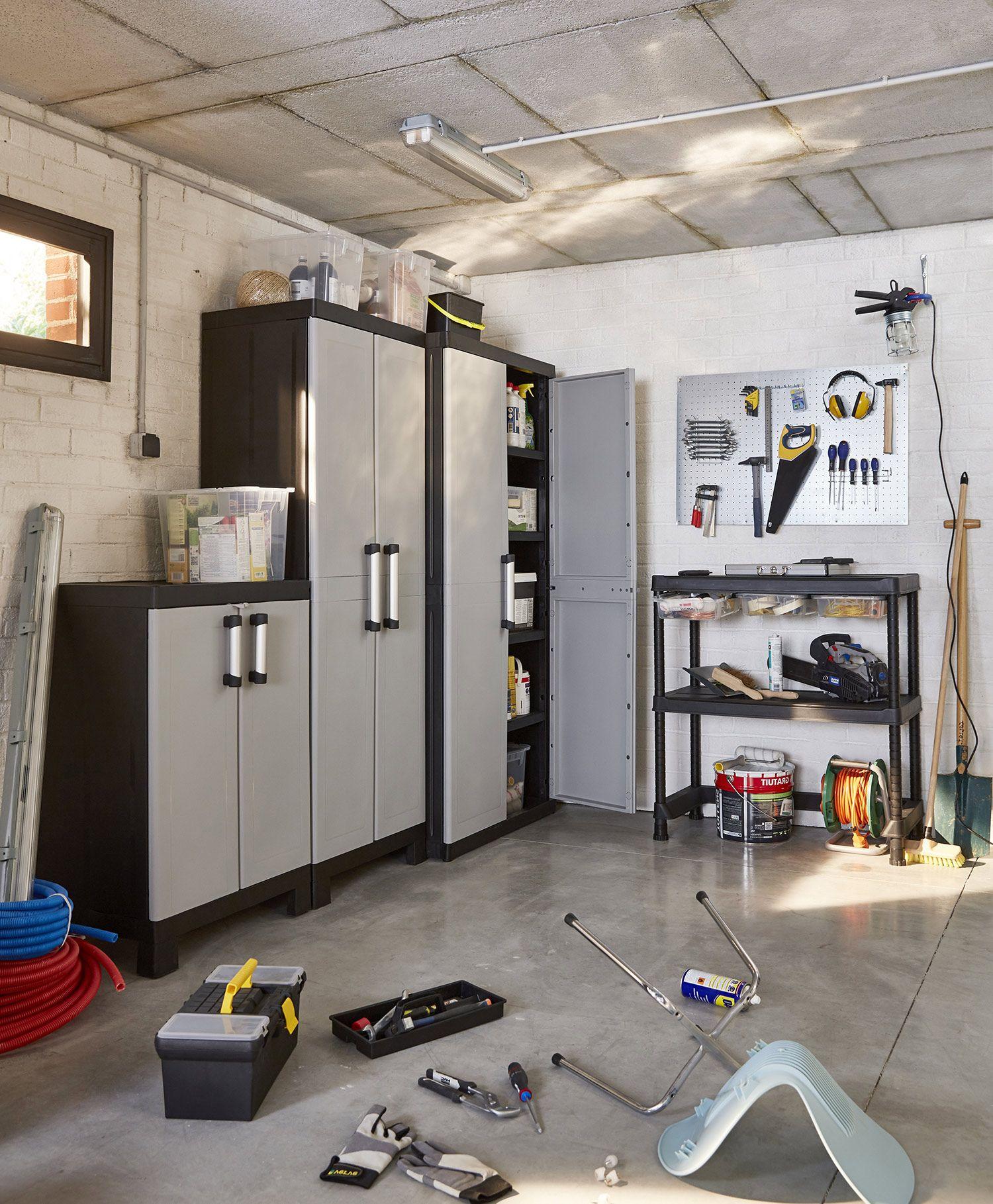 Un Garage Bien Organise Les Nouvelles Gammes De Rangements Utilitaires Links Et Major Vous Permet Amenagement Placard Placard Castorama Rangement Utilitaire