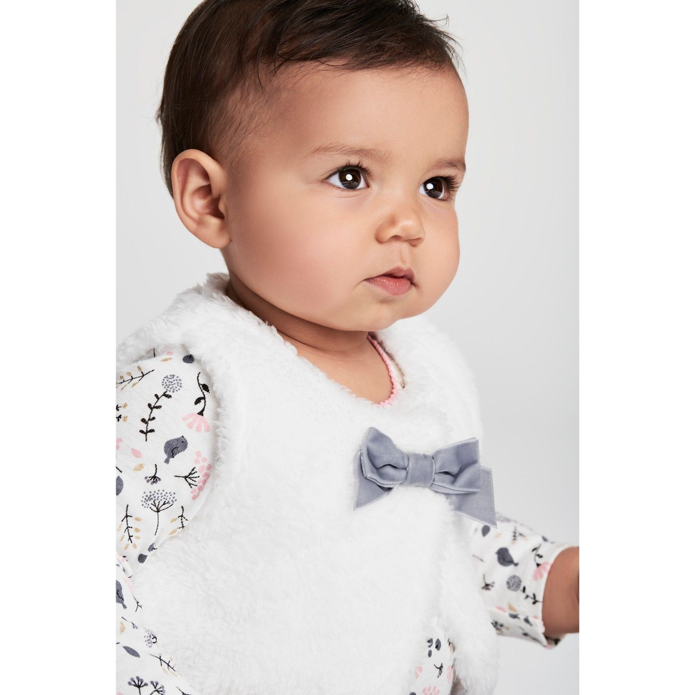 27f0dfe24 Adorable Fluffy Baby Vest and matching onesie and leggings! Baby ...