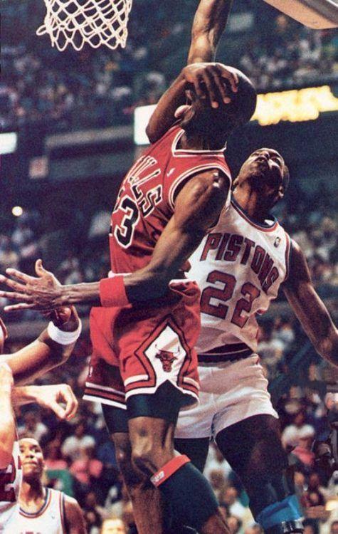 7592eaab2 Michael Jordan Chicago Bulls John Salley Detroit Pistons. I can dunk with  my eyes closed lol