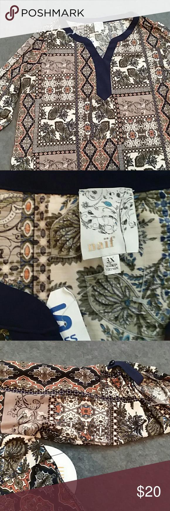 Naif printed top A 3x Naif printed top. Has loop and button on the sleeves. New with tags Naif Tops Blouses