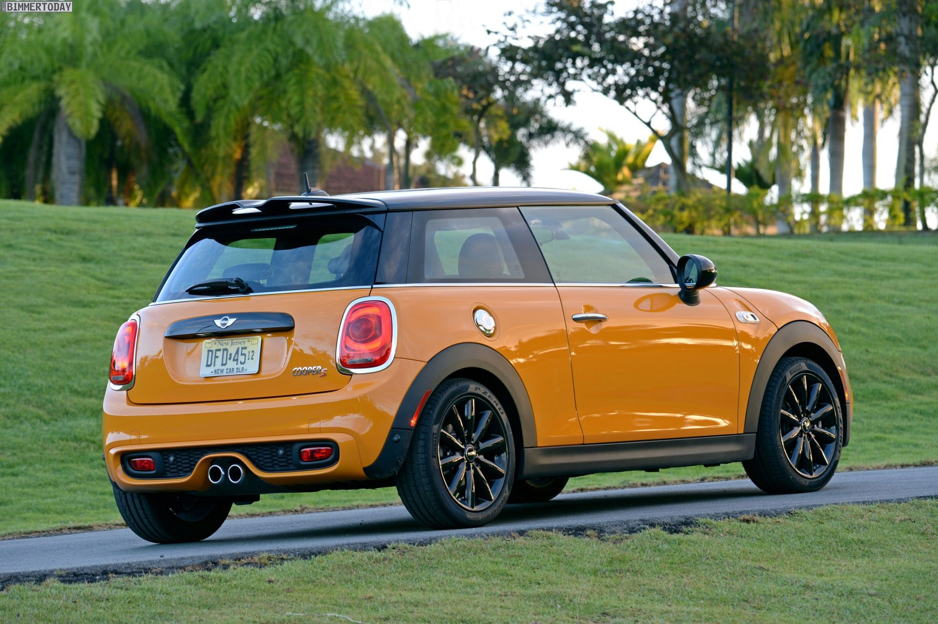 volcanic orange mini cooper s 2014 mini cooper s f56 volcanic orange puerto rico 18 mini s. Black Bedroom Furniture Sets. Home Design Ideas