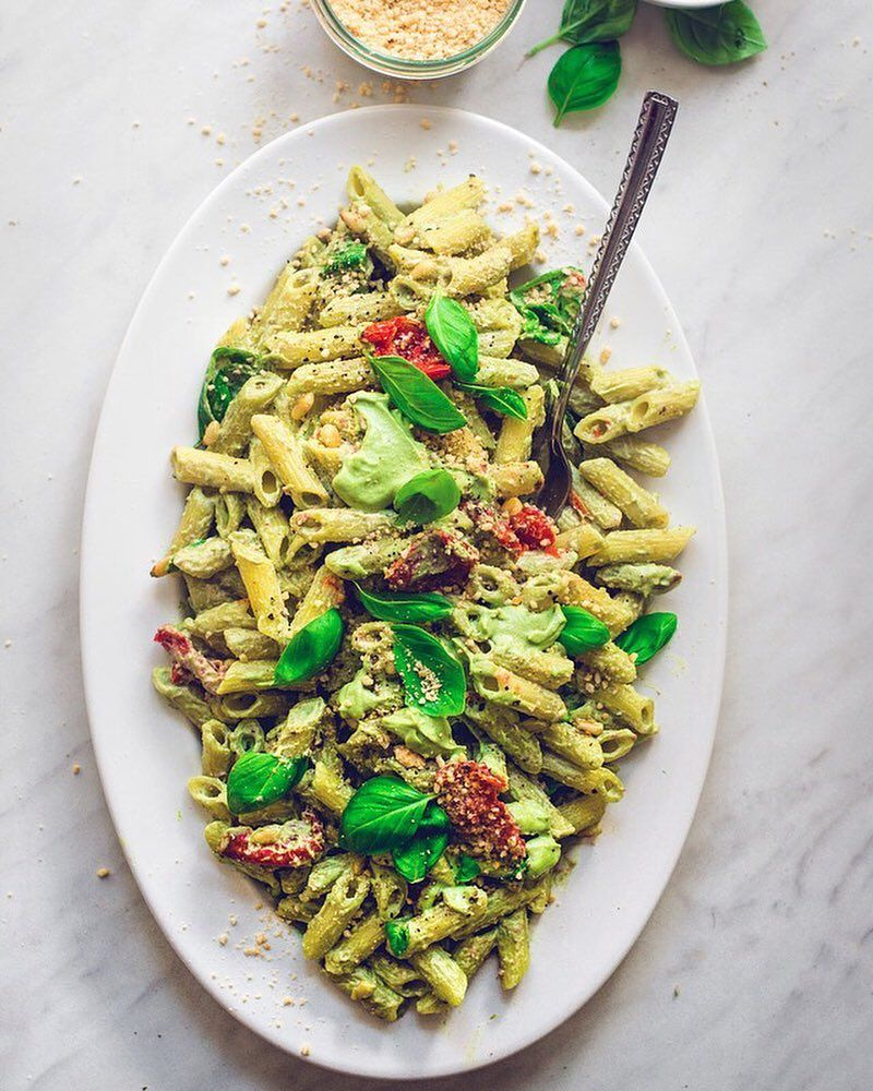 "3,421 Likes, 29 Comments - Best Of Vegan (@bestofvegan) on Instagram: ""PASTA SALAD WITH BASIL-CASHEW CREAM by @voilasassi 💛 INGREDIENTS 350g gluten free pasta 300g fresh…"""