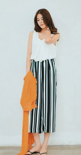Wide-leg striped chiffon pants