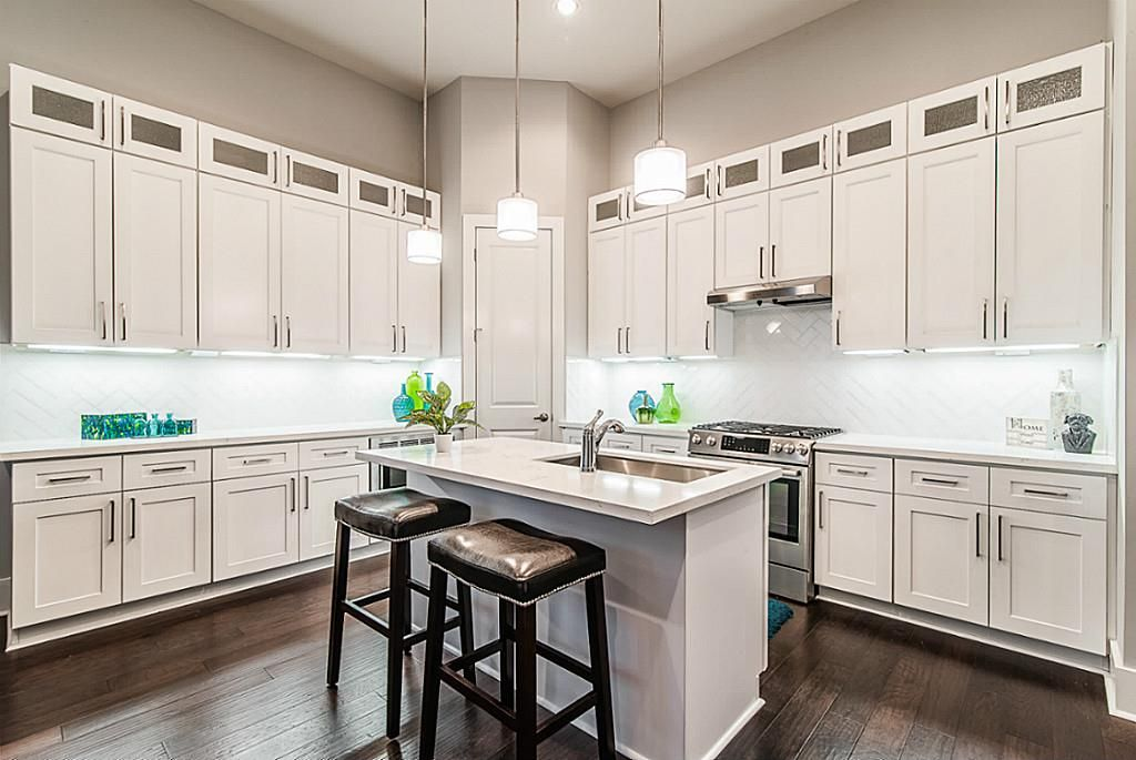 Houston Kitchen Remodeling Texas Usa Cabinet Store Kitchen Remodel Complete Kitchen Remodel Kitchen Cabinet Remodel