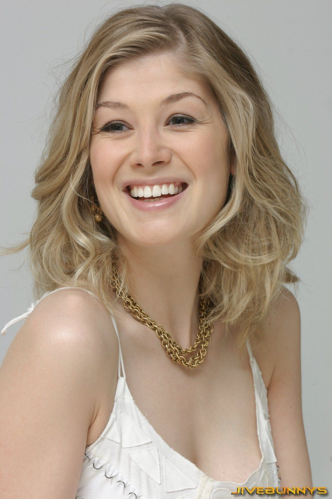 If You Could Sign Here Please: Rosamund Pike