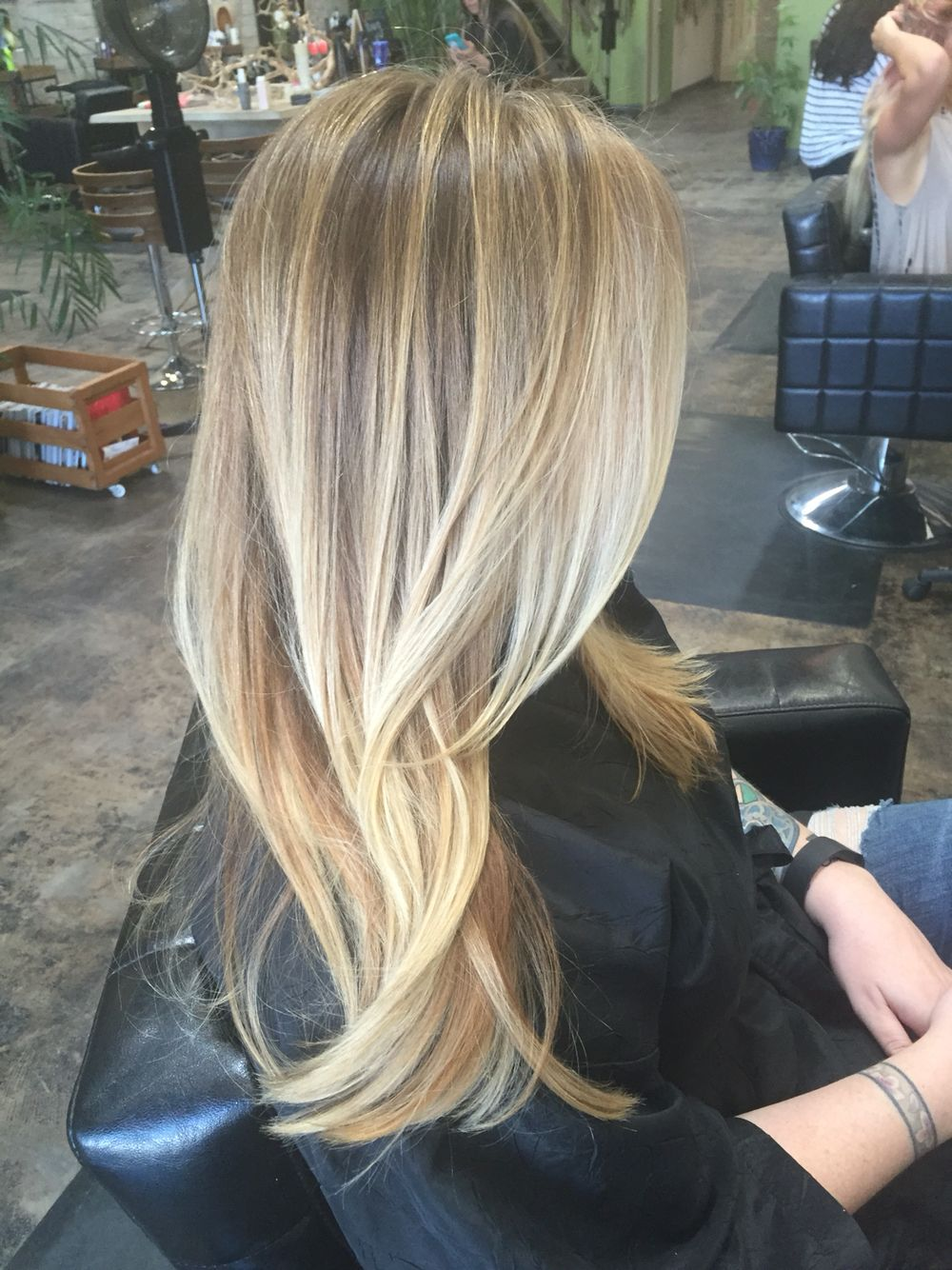 kat brackenberry at the lighthouse salon in san diego is the best! i