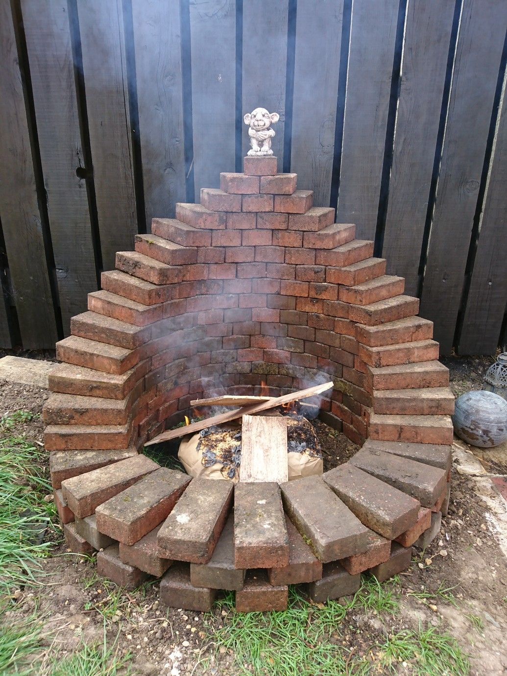I made a fire pit from the garden paver path #feuerstellegarten