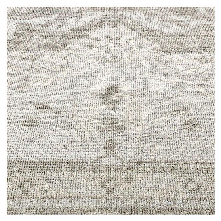 Ben Soleimani Wool Swatch Ayla Taupe Modern Indian Carpet In 2020 Rugs On Carpet Swatch Carpet