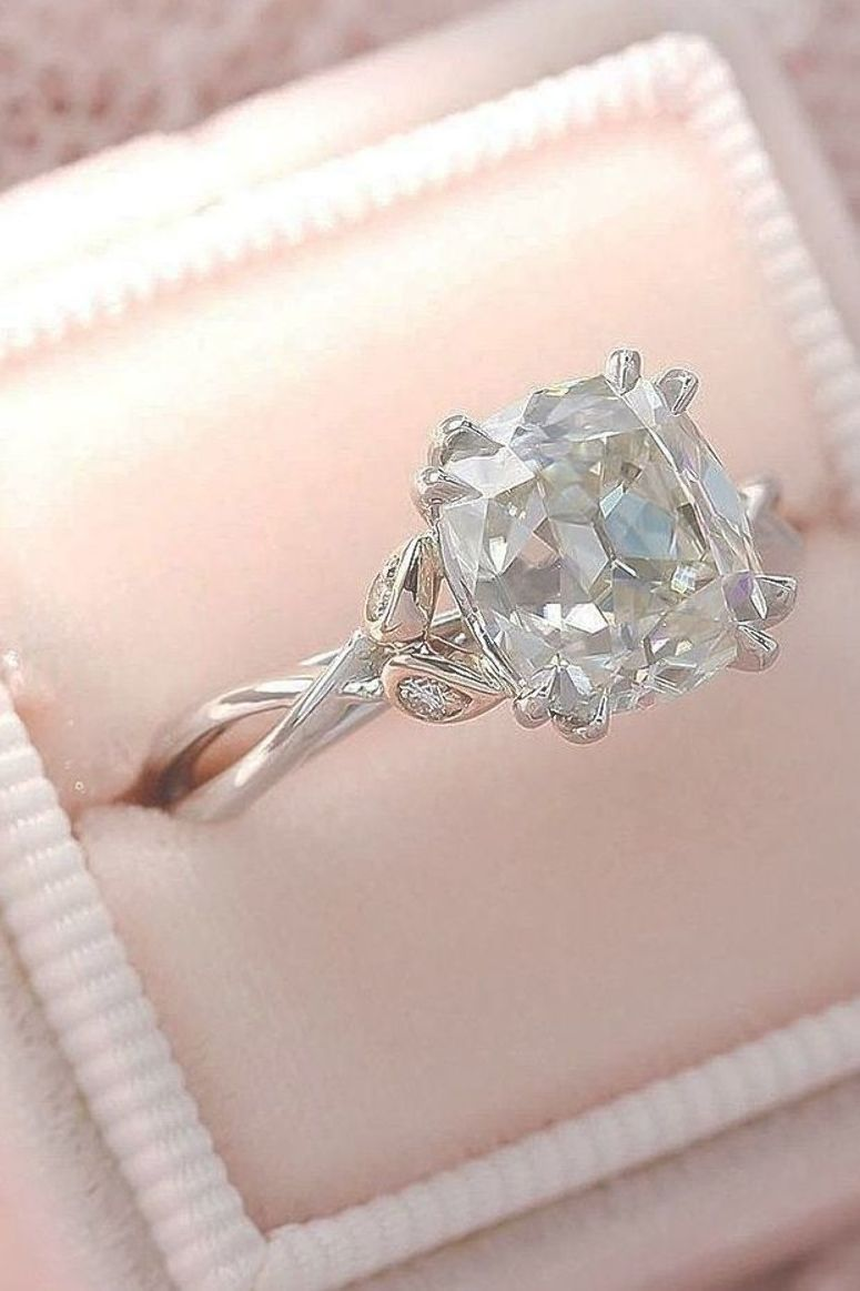 Cushion Cut Engagement Rings Which Give A Super Shine ★ #engagementring #proposal #cushionengagementring