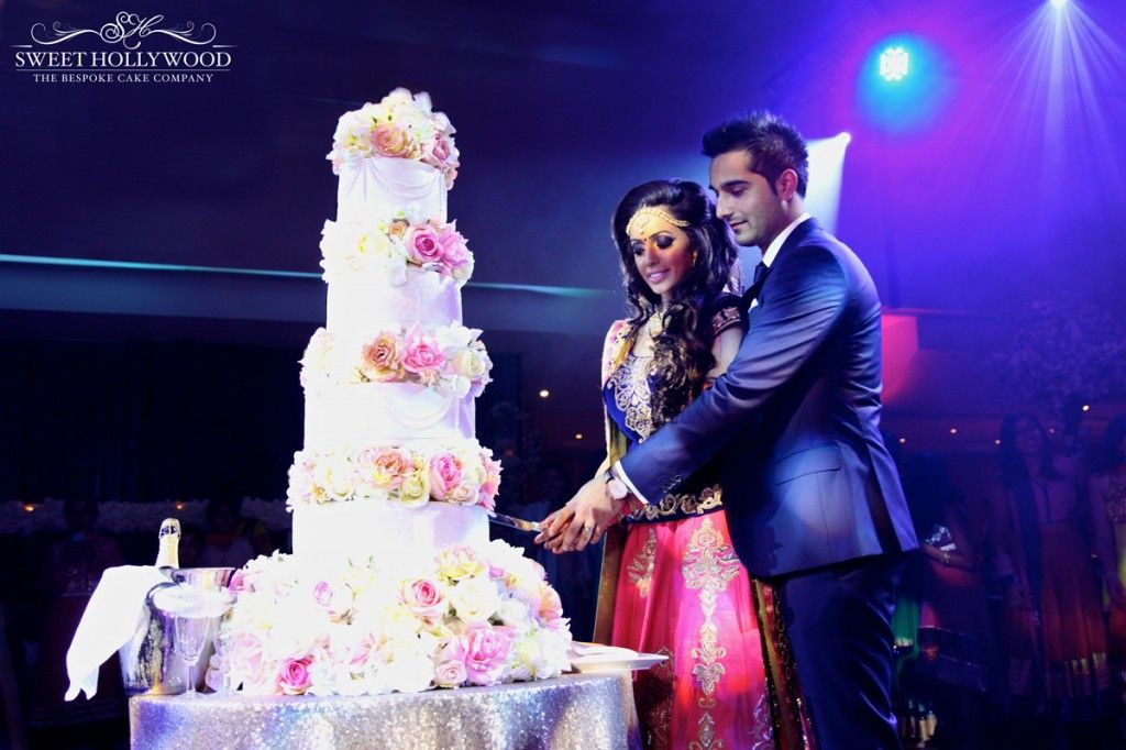 Eggless Asian Wedding Cakes In London Have Never Looked So Good Bride And Groom Cut Into Their