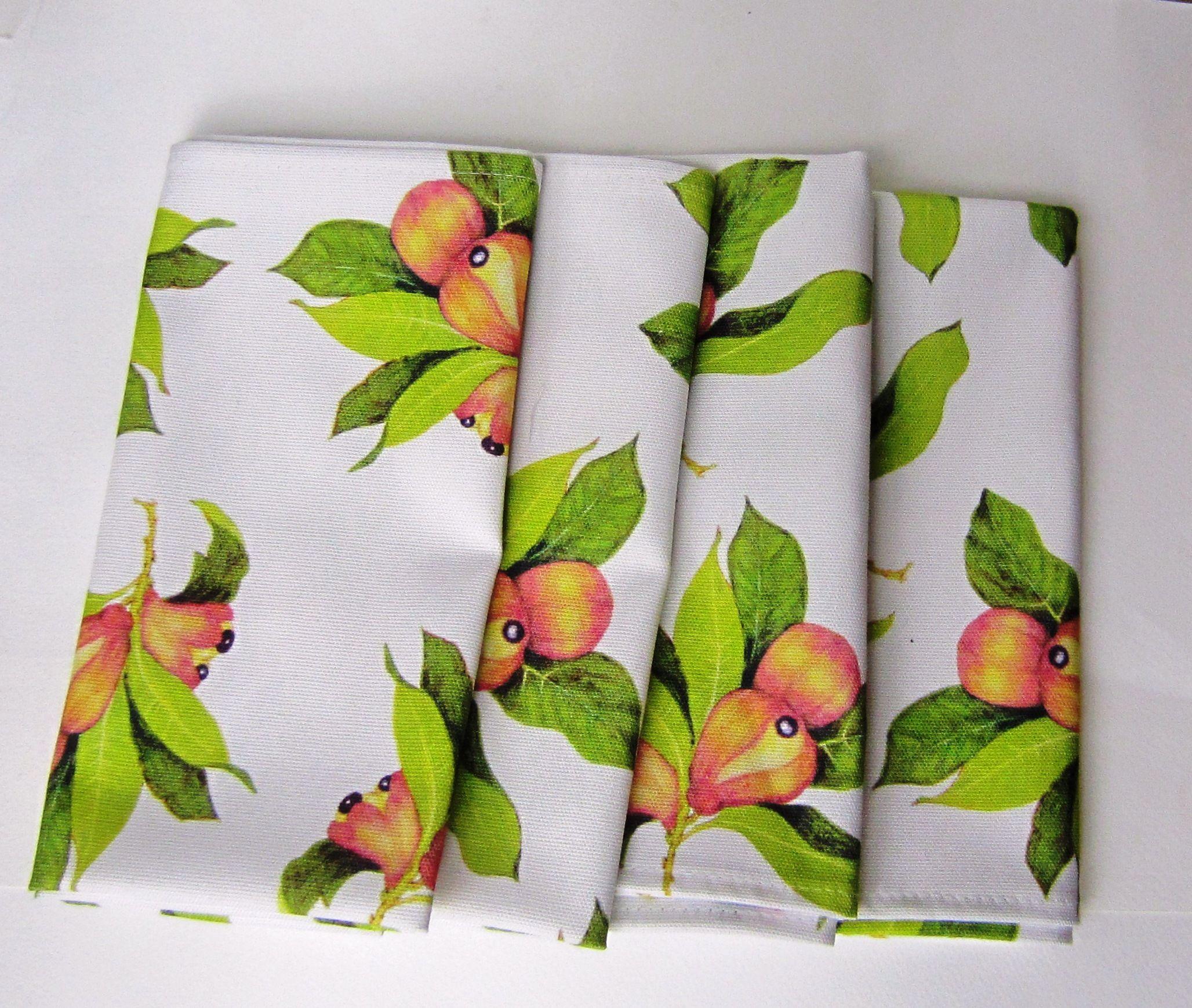Lush Luau Plastic Tablecloths 3 ct