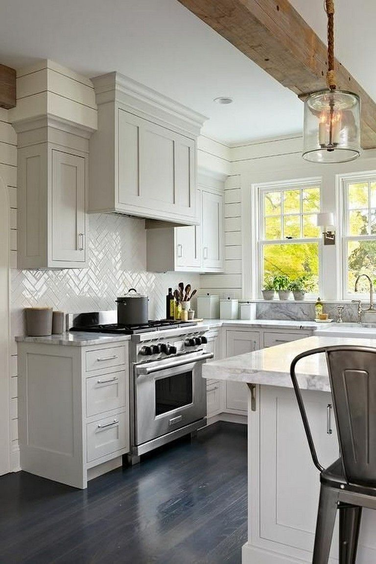 35 Stunning Modern Farmhouse Kitchen Design Ideas To Renew Your Home Kitchen Remodel Small Farmhouse Kitchen Design Kitchen Design Small