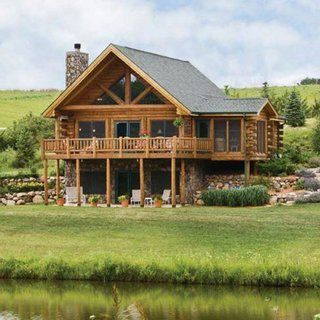 Model De Casa Cu Etaj Si Mansarda Construita Din Lemn Si Piatra Log Homes Log Cabin Homes Log Home Living