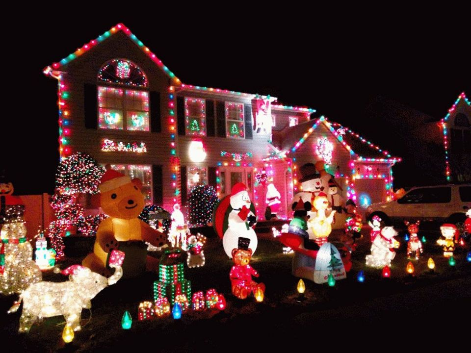 N J Holiday Lights Show Us The Best Brightest Decorated Houses Well Decor Holiday Lights Christmas Display
