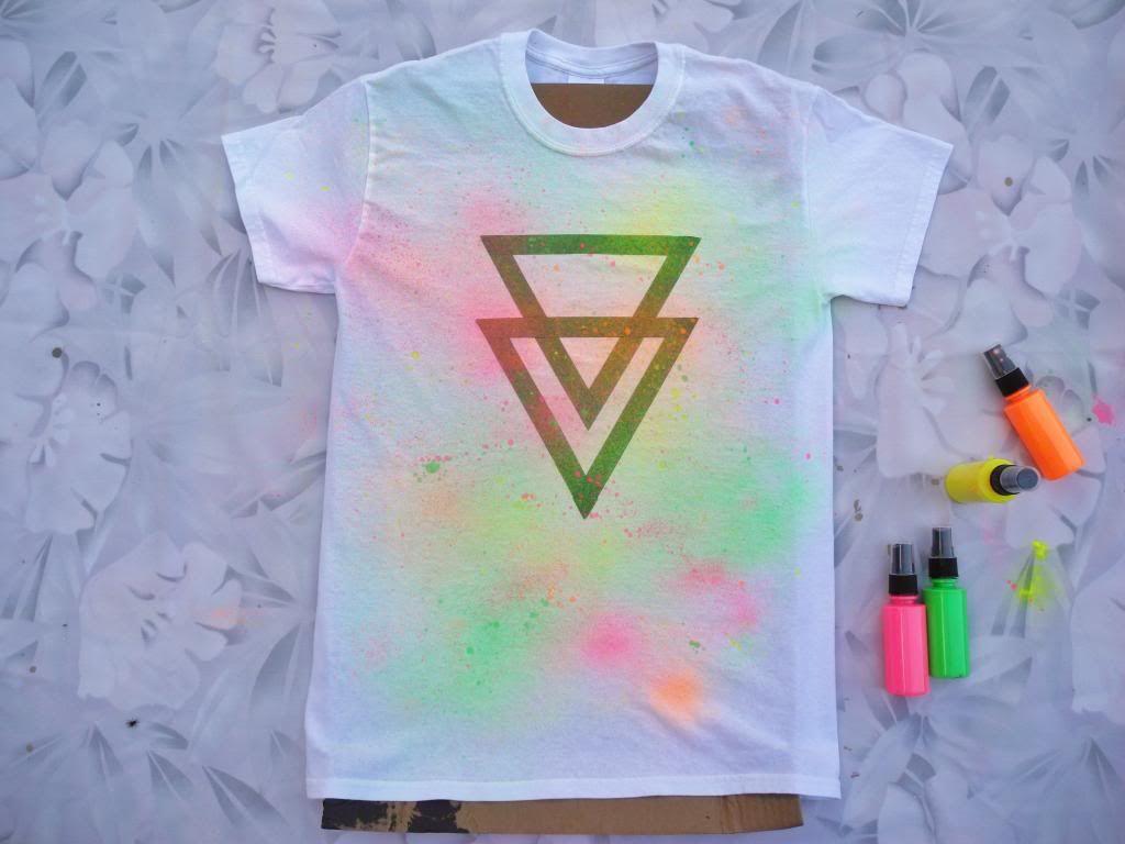 Diy neon fabric spray paint tee fabric spray fabric