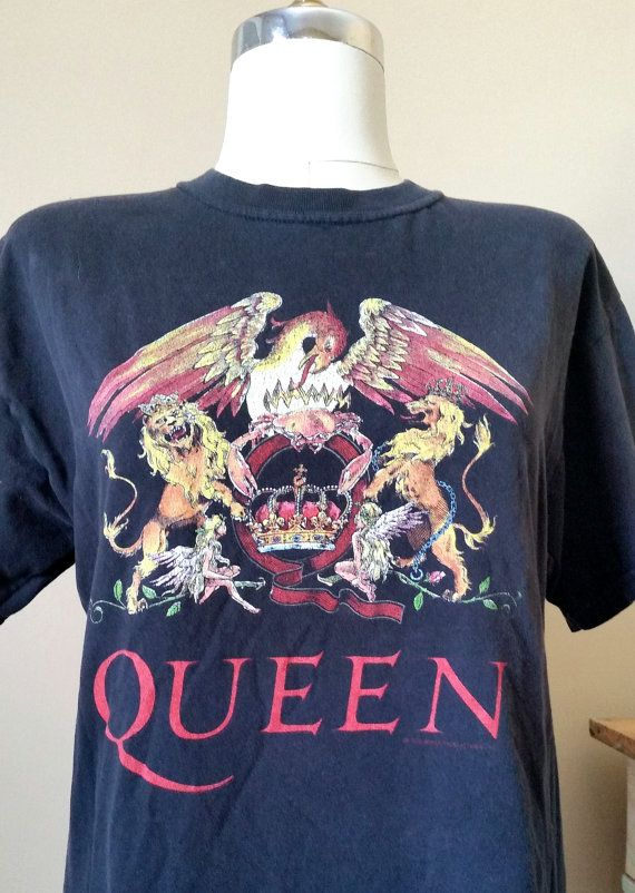 85f5f088ff9 Items similar to VINTAGE QUEEN Concert Tour Unisex T-Shirt Size Medium Soft  Band Men s Women s Short Sleeve Hipster Grunge Tee on Etsy
