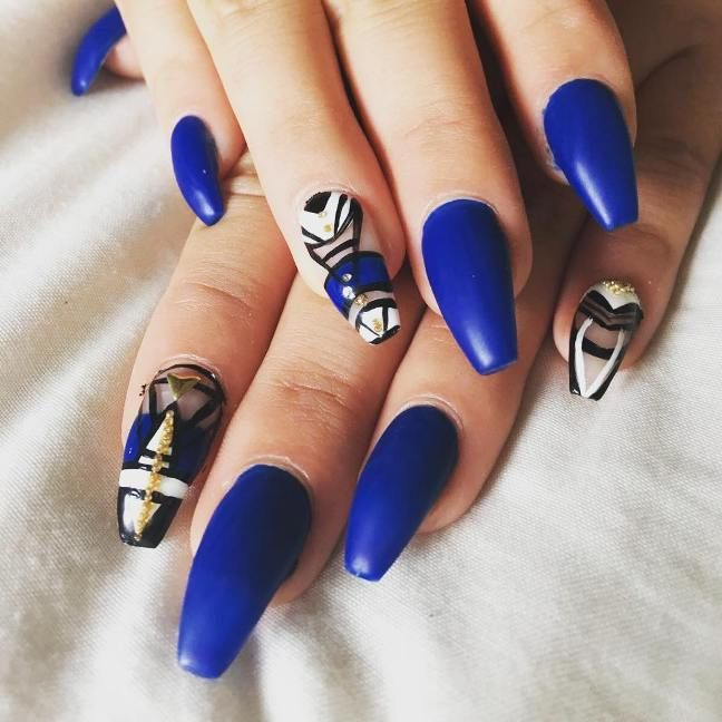 White And Blue Nail Ideas For Prom: Experience The Glamorous Style Of Royal Blue Nail Designs