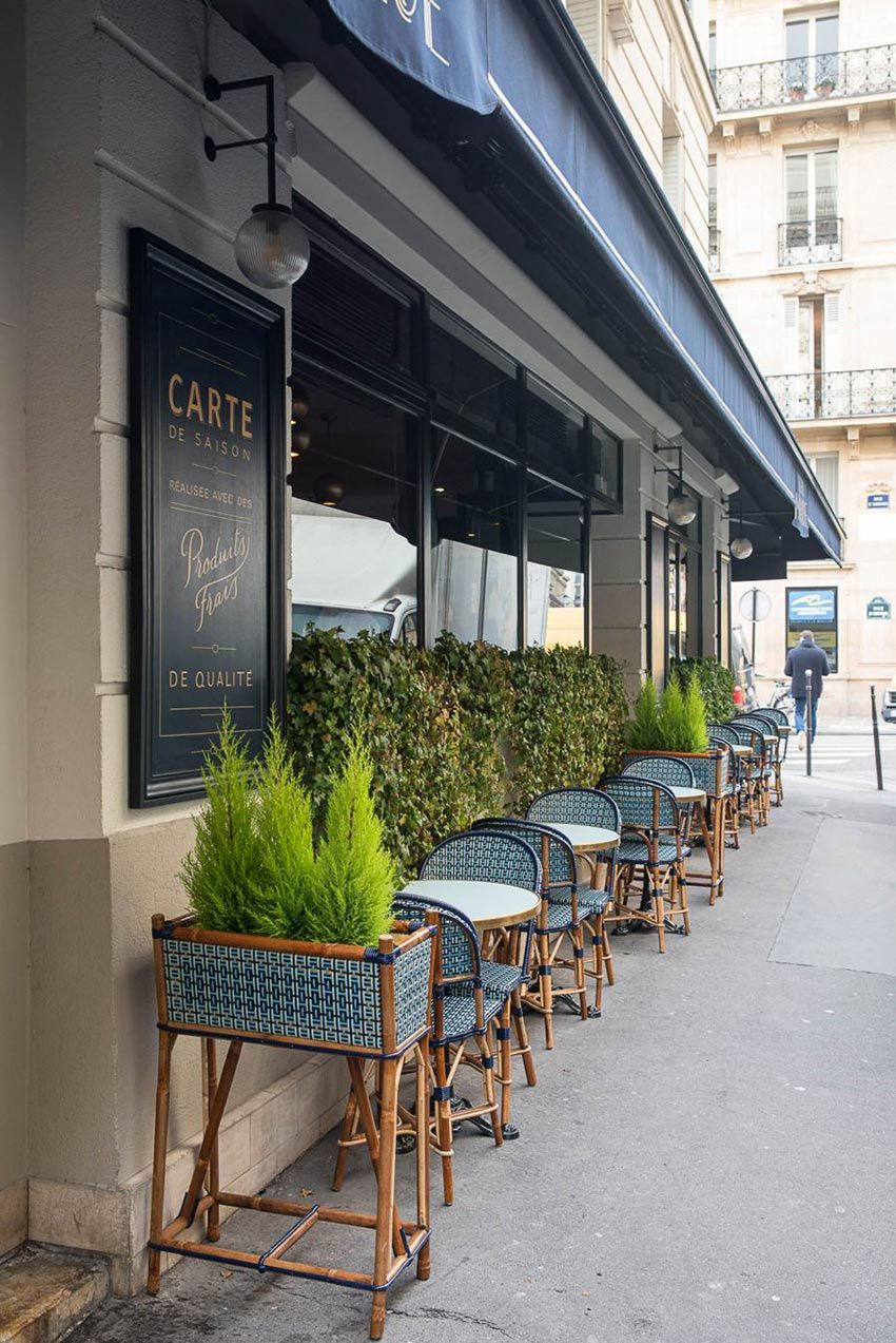 terrasse et ext rieur du restaurant le marloe de paris dominante de bleu et mobilier ext rieur. Black Bedroom Furniture Sets. Home Design Ideas