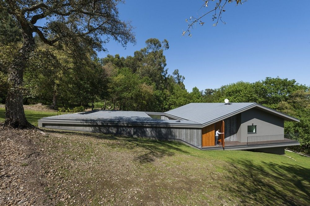 NP House  Architects: NoArq Location: Famalicão, Portugal Author: José Carlos Nunes de Oliveira Area: 490 sqm Year: 2013 Photographs: Courtesy of NoArq
