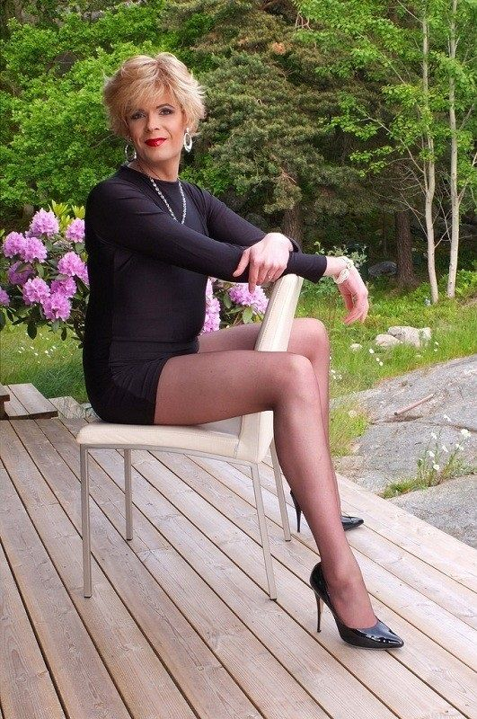 Mature long legs