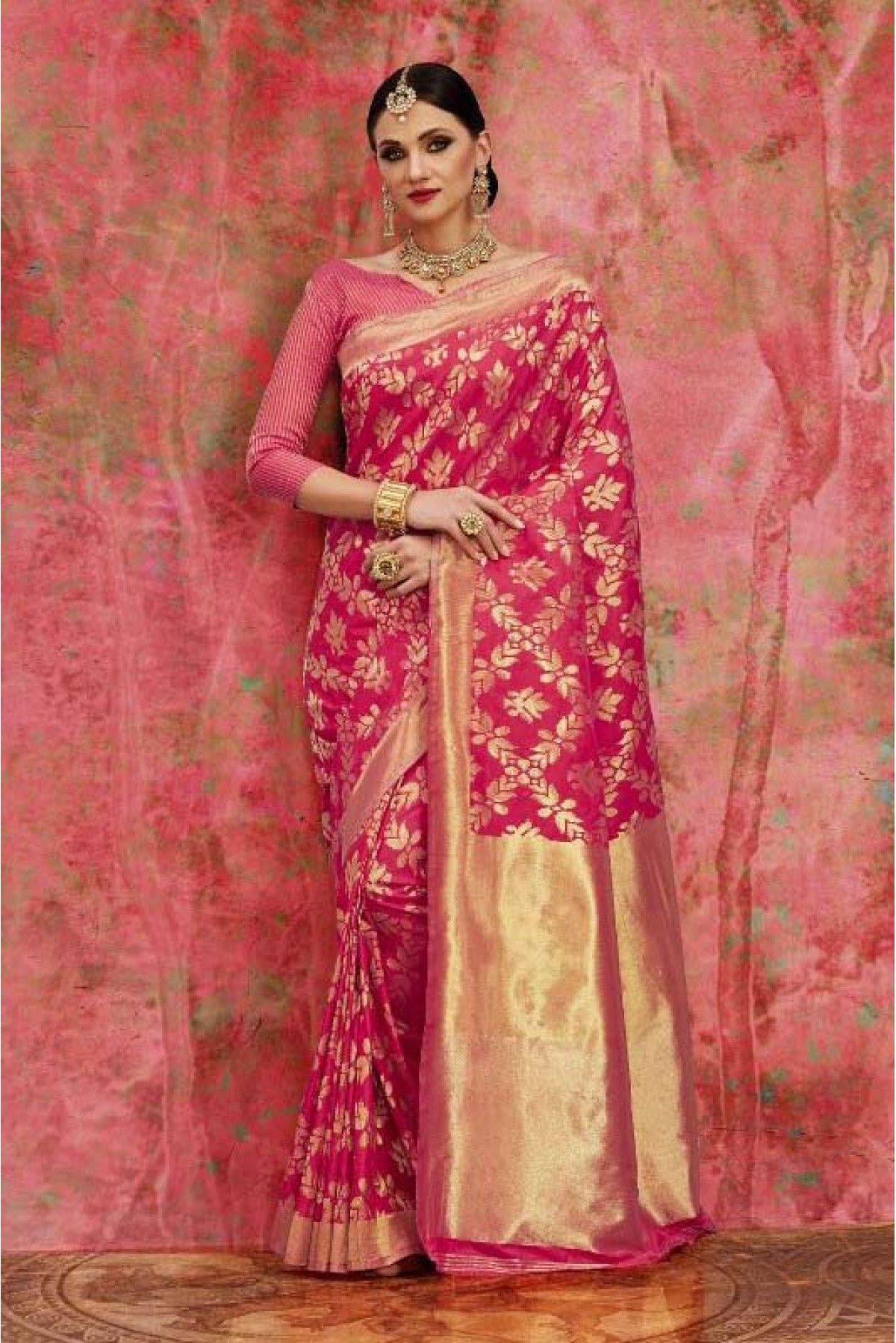 2a479e36eed The Stylish And Elegant Saree In Pink Woven Colour Looks Stunning And  Gorgeous With Trendy And Fashionable Woven . The Banarasi,Silk Party Wear  Saree Looks ...