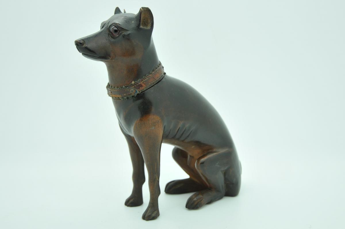 Encrier en bois en forme de chien xixe la tradition de lécriture