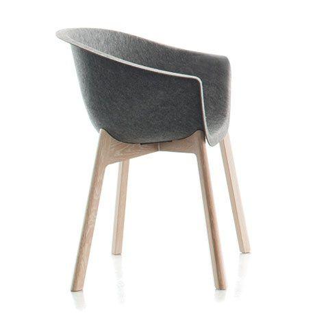 Smuk stol, der kan bruges ved spisebordet, på kontoret, eller hvor man nu mangler noget skønt at kigge på. Af Werner Aisslinger für conmoto
