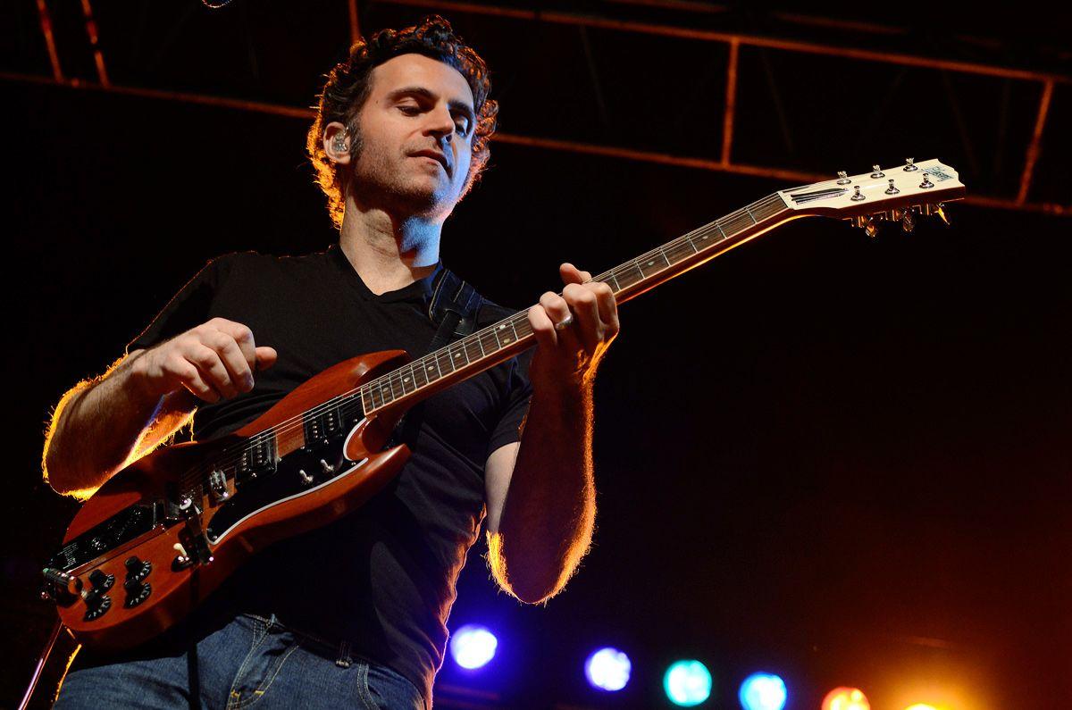 Dweezil Zappa Tone Report Zappa Guitar Celebrity Biographies