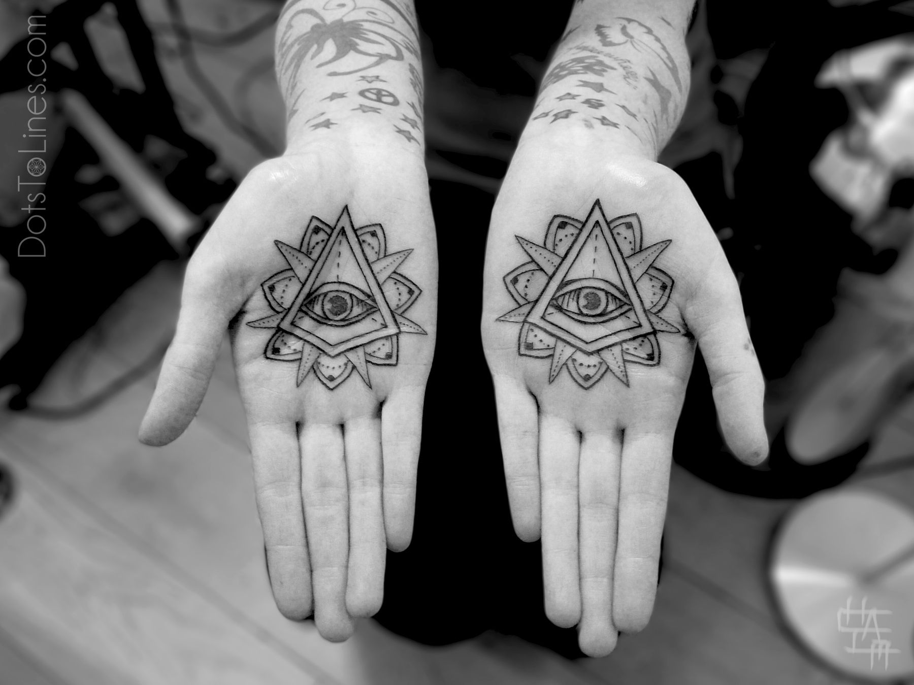Hand tattoos tattoo ideas hands body art tattoo s floral tattoo - What Are Your Thoughts On Palm Tattoos Check Out More Custom And Original Tattoos By Chaim Machlev Dotstolines At The Links