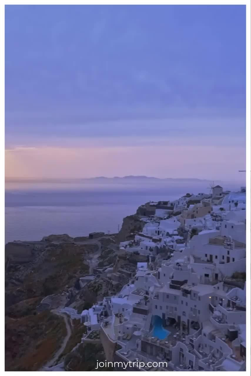 Greece🇬🇷 An idyllic perfect destination for an autumn vacation🍂 Why not head over to joinmytrip.com to start planning your greek adventure or just join on to someone else's? 🌍 👣 explore, adventure, travel, friends, inspiration, grouptravel, memories, quotes, travelinspo, autumn, autumntravel, vacation, traveling, travelquotes #explore #adventure #travel #traveling #friends #memories #exploring #autumndestinations #travelquotes #inspiration #groups #autumntravel #Greece #JoinMyTrip