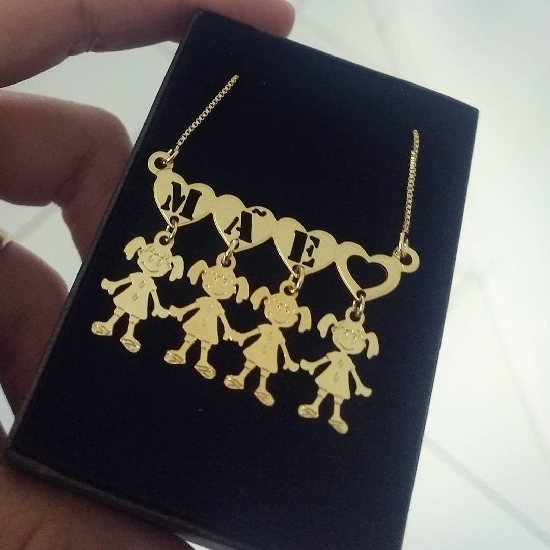 Para as mamães 😍😍😍😍😍👆 Gargantilha Mãe em Banho de Ouro com ... 9d2ecaf595