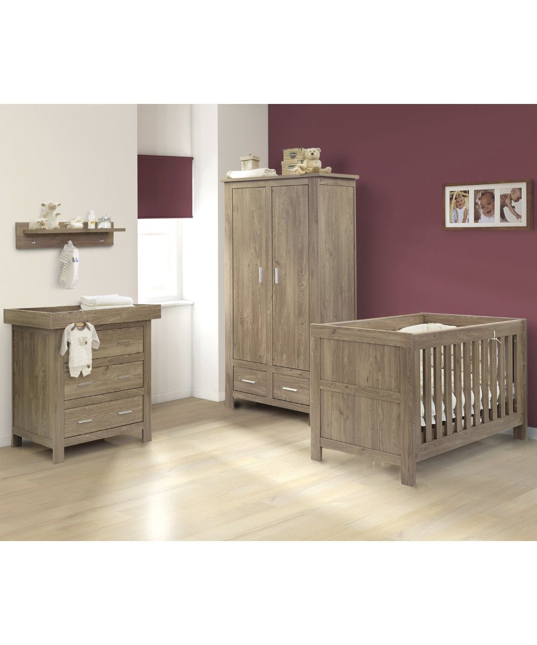Babystyle Charnwood Houston 4 Piece Collection Oak Effect Nursery Furniture Sets M Nursery Furniture Sets Baby Furniture Sets Baby Bedroom Furniture Sets