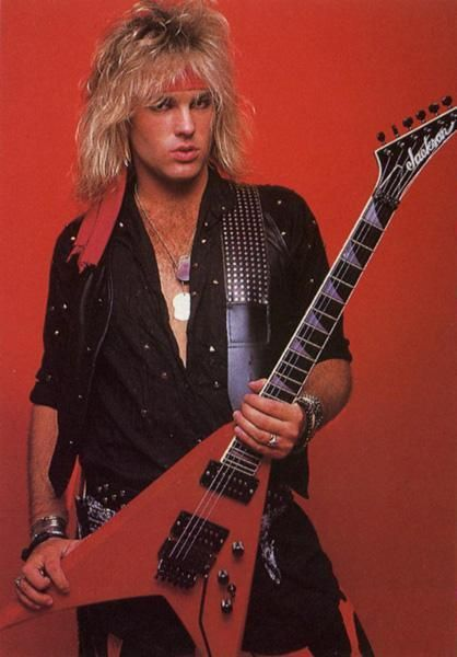 Classic Robbin Crosby with his King V. RIP Robbin.