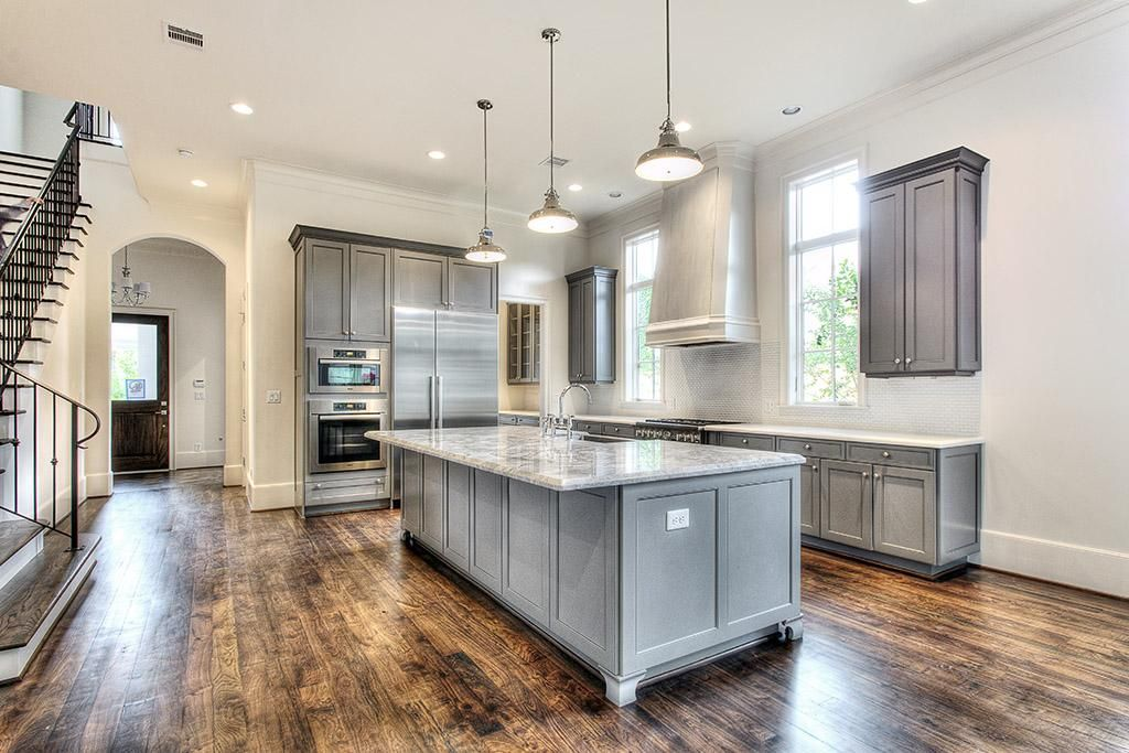 Best Painted Kitchen Cabinets Look Gorgeous In This New 640 x 480