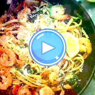 #seasoning #linguine #parmesan #italian #parsley #spinach #flakes #shrimp #cheese #butter #pepper #garlic #juice #lemon #largeLemon Garlic Parmesan Shrimp Pasta with Linguine Pasta, Olive Oil, Butter, Garlic, Red Pepper Flakes, Large Shrimp, Salt, Pepper, Italian Seasoning, Baby Spinach, Parmesan Cheese, Parsley, Lemon Juice. pasta Lemon Garlic Parmesan Shrimp PastaLemon Garlic Parmesan Shrimp Pasta with Linguine Pasta, Olive Oil, Butter, Garlic, Red Pepper Flakes, Large Shrimp, Salt, Pep... #garlicparmesanshrimp