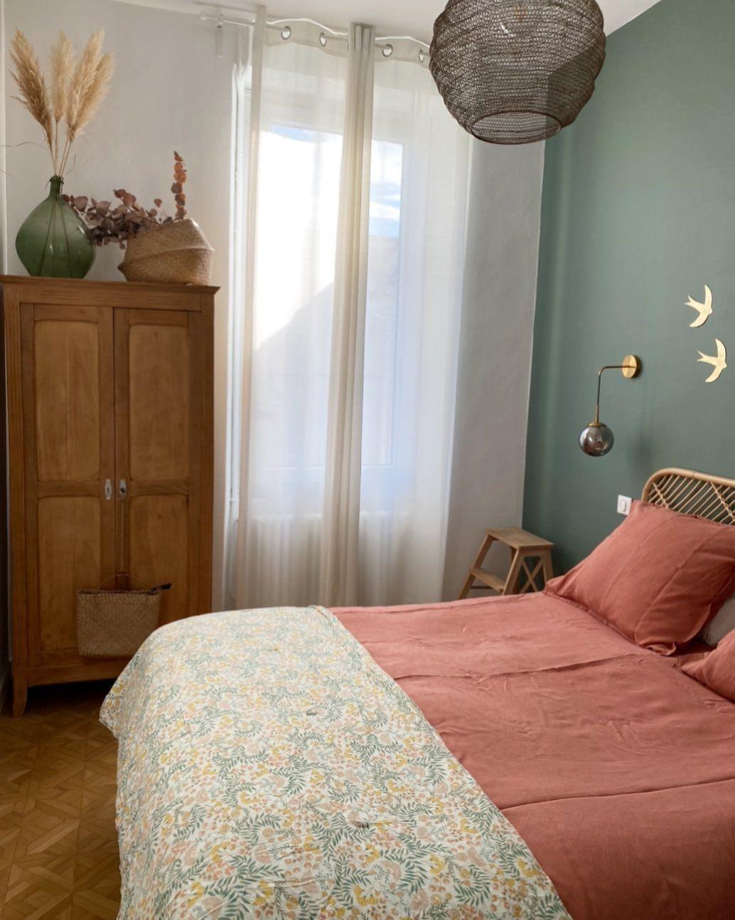 "@mytomettes's Instagram photo: ""j e u d i 🌿 #home #homesweethome #homedecor #interiordesign #decorationinterieur #decorationinterieur #bedroomdecor #bedroominspiration…"""