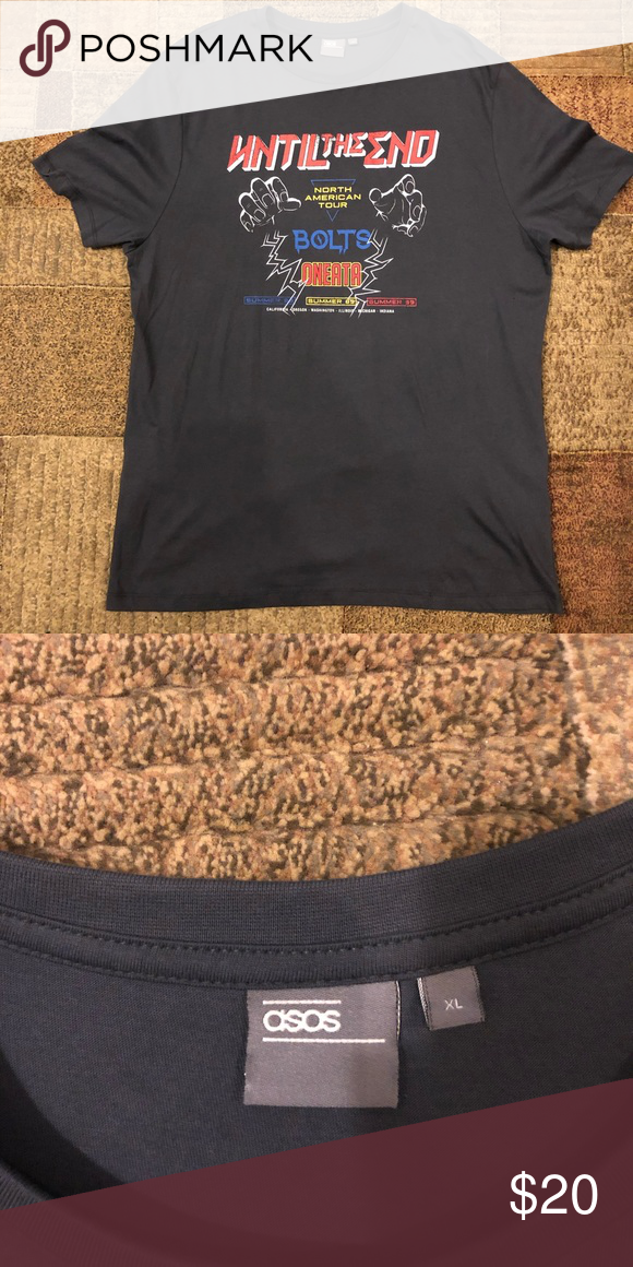 a36a35ddcea1c Brand New ASOS Fitted T-Shirt Brand New ASOS T-Shirt. Shirt is fitted and  has never been worn. Tags not included. ASOS Shirts Tees - Short Sleeve