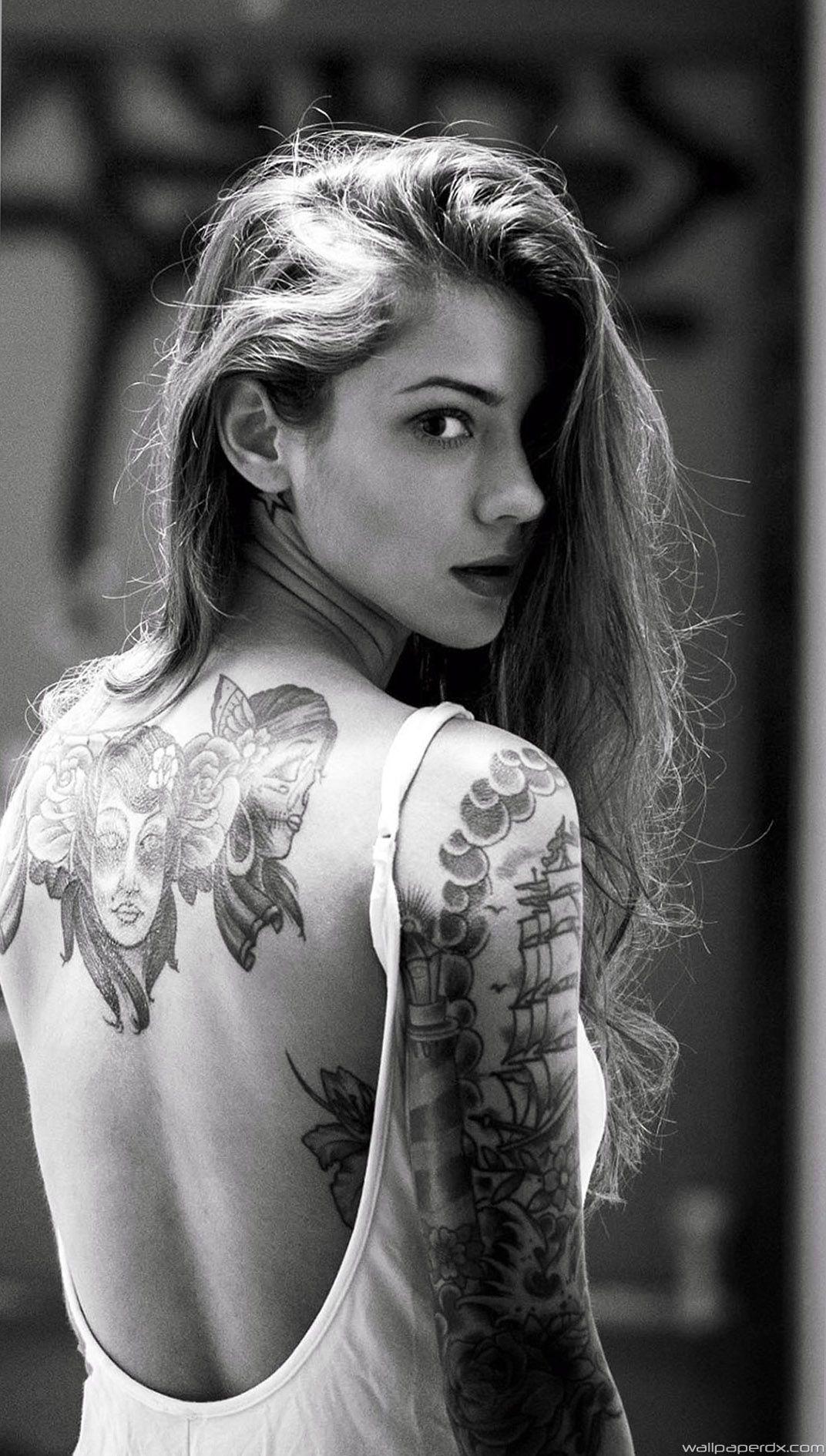 Cool Wallpaper For Girls Iphone 6 Wallpaper In 2020 Tattoo Girls Tattoo Rucken Hand Tattoos
