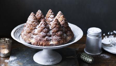 Spruced up vanilla cake recipe vanilla cake vanilla and cake bbc food recipes spruced up vanilla cake forumfinder Image collections