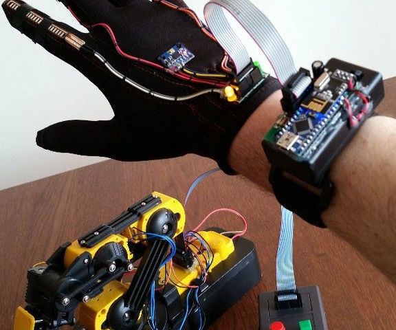 Wave Your Hand To Control Owi Robotic Arm No Strings Attached
