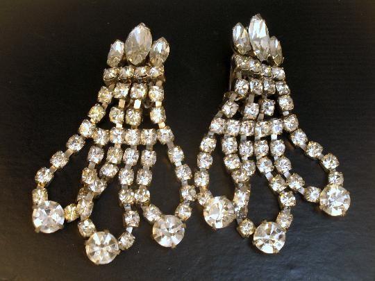 Amazing Huge Eisenberg Rhinestone Chandelier Earrings #vintage @Tammy Hoekzema #Eisenberg #rhinestone #chandelierearrings #bridal #wedding #style #fashion $115.00