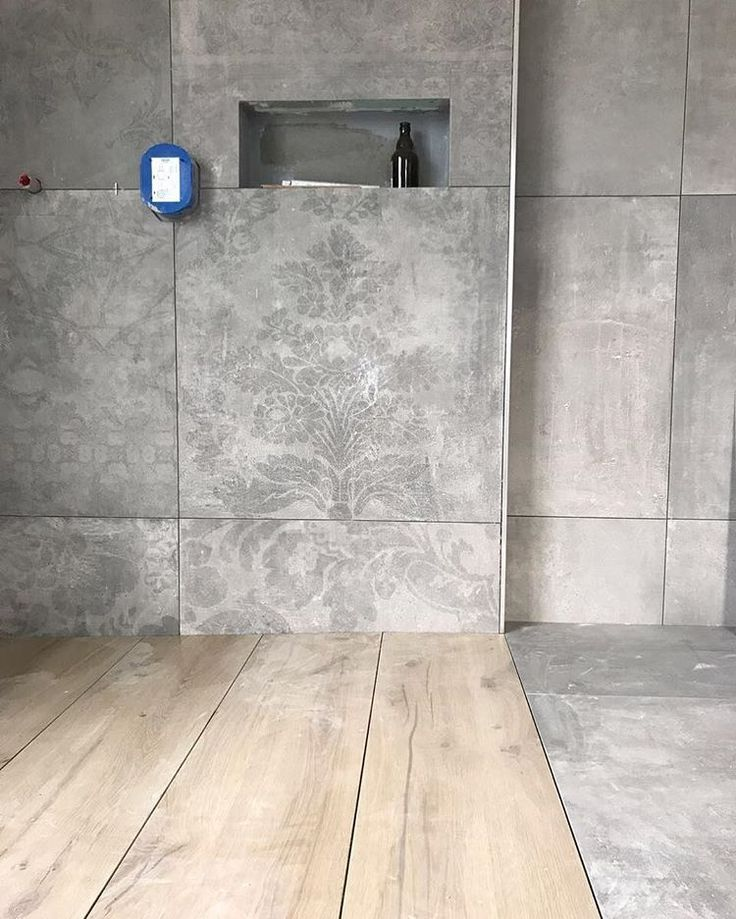 """Photo of Selina on Instagram: """"Badezimmer Stand von Heute ? Die Bierbar und alle anderen Fächer werden auch mit der Holzfliese gefliest ? Es gefällt mir jetzt schon so…"""""""