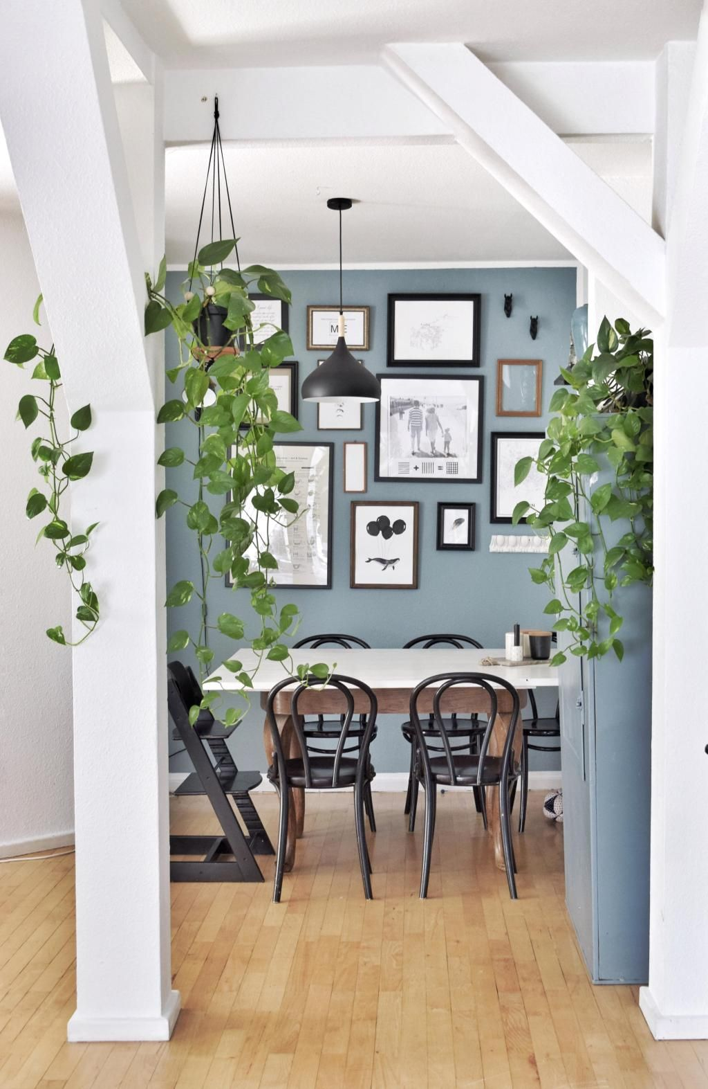 #essbereich #urbanjungle #wandfarbe #bilderwand #pfl...   Wandfarbe wohnzimmer, Wandfarbe ...
