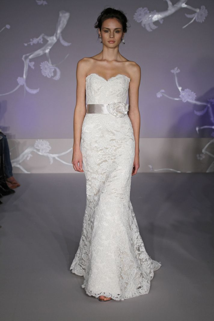 1000  images about wedding dresses on Pinterest  Lace Lace ...